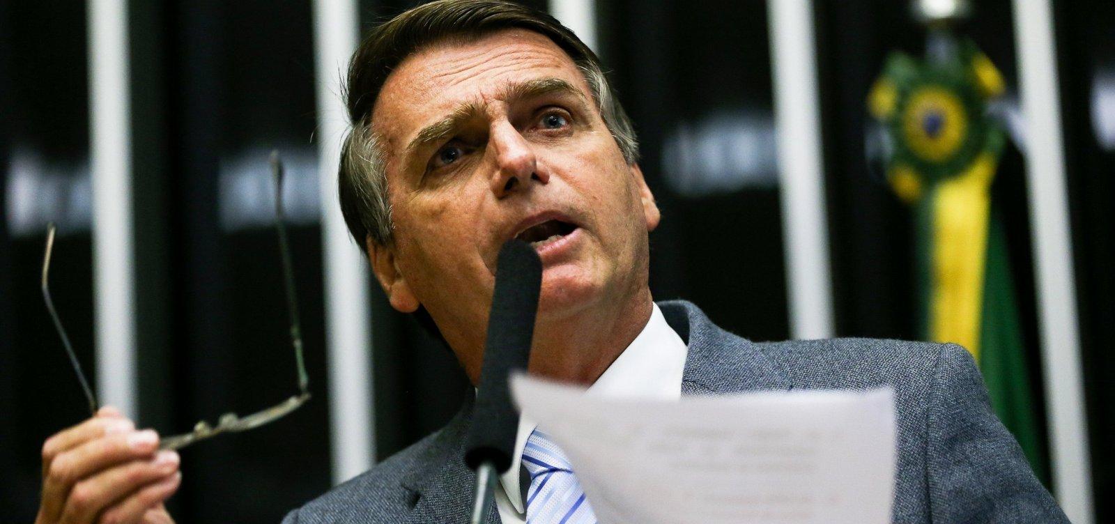 Bolsonaro vai avaliar se vale a pena votar Previdência neste ano