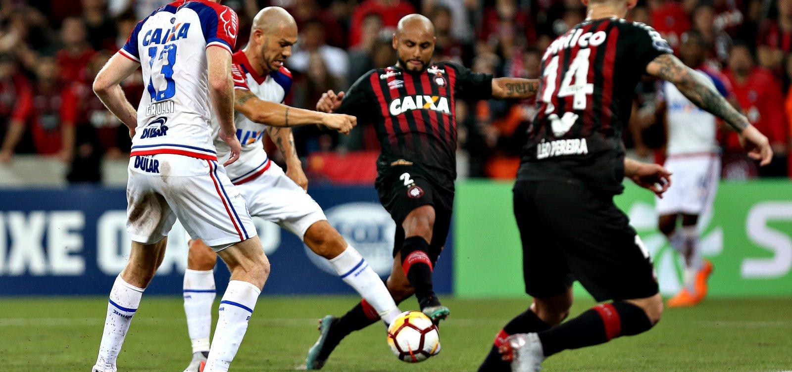 Bahia vence o Atlético-PR, mas perde nos pênaltis e sai da Sul-Americana