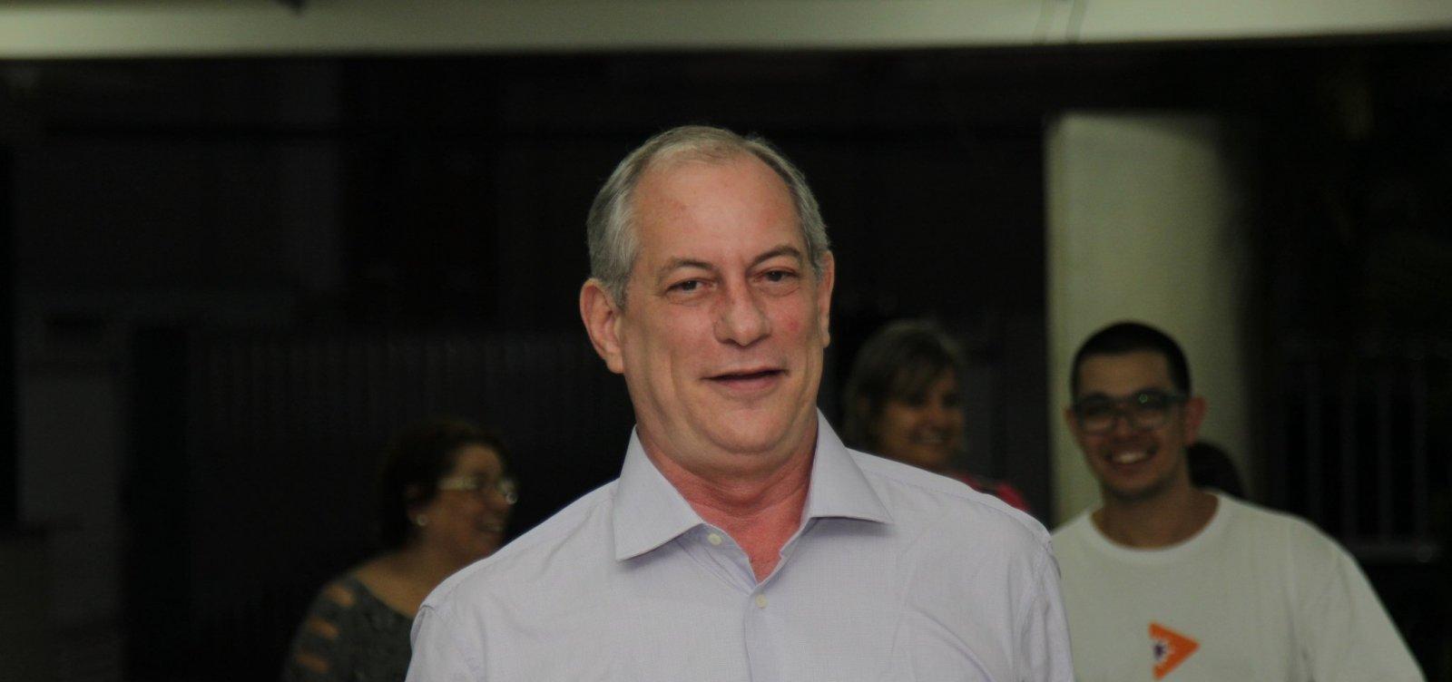Moro deveria 'assumir' que é um político e aceitar ministério no governo Bolsonaro, diz Ciro