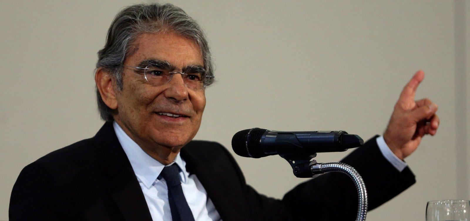 Exoneração de Moro para assumir Ministério compromete imagem do Judiciário, diz Ayres Britto