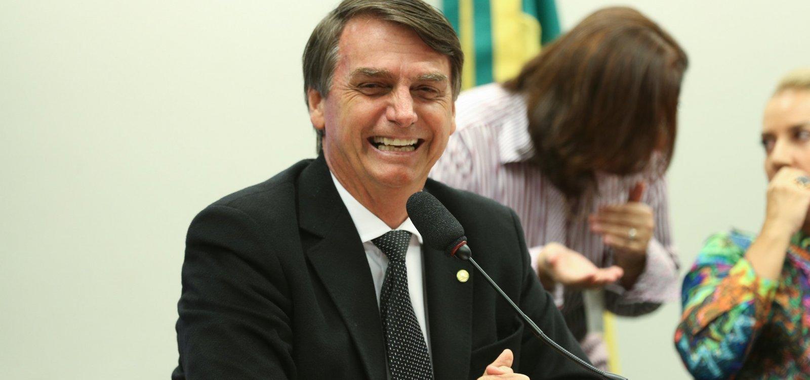 Aliados de Bolsonaro falam em revogar PEC da Bengala, diz coluna