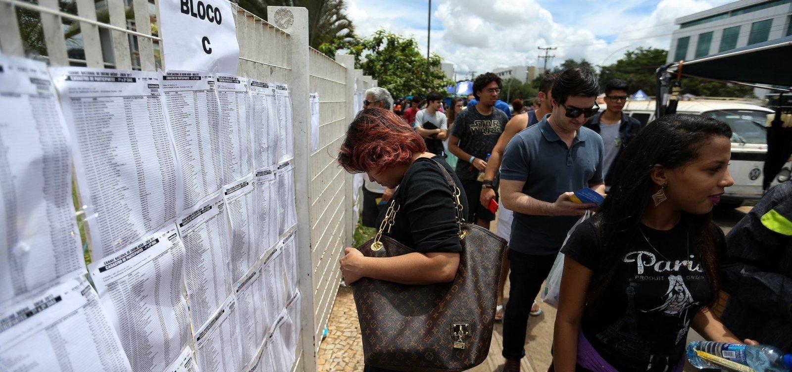 Enem: Portões dos locais de prova serão fechados ao meio-dia na Bahia