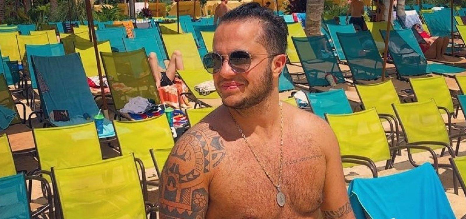 Thammy disputa prêmio de homem mais sexy e brinca: 'Estão doidos'