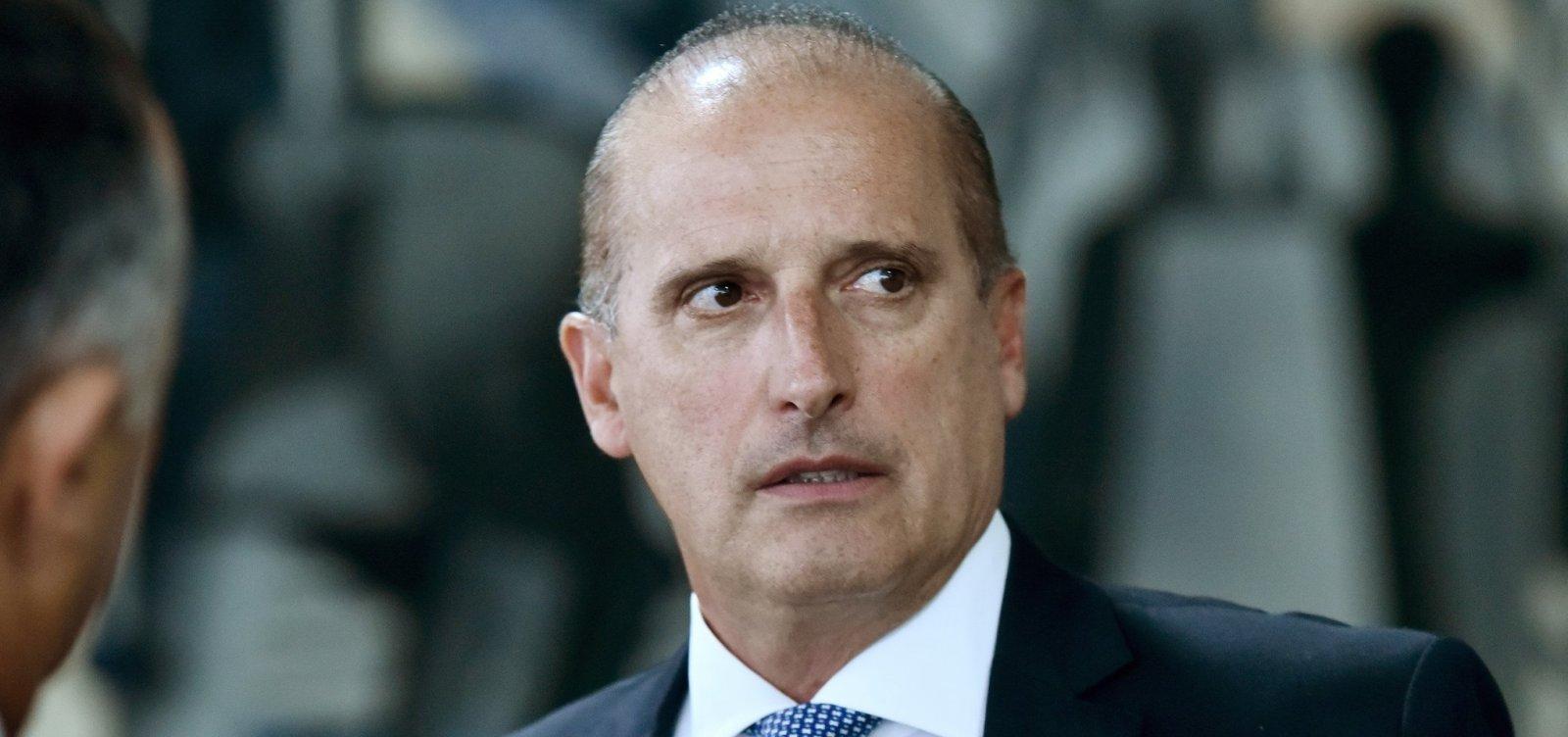 Onyx Lorenzoni é nomeado ministro extraordinário para coordenar transição