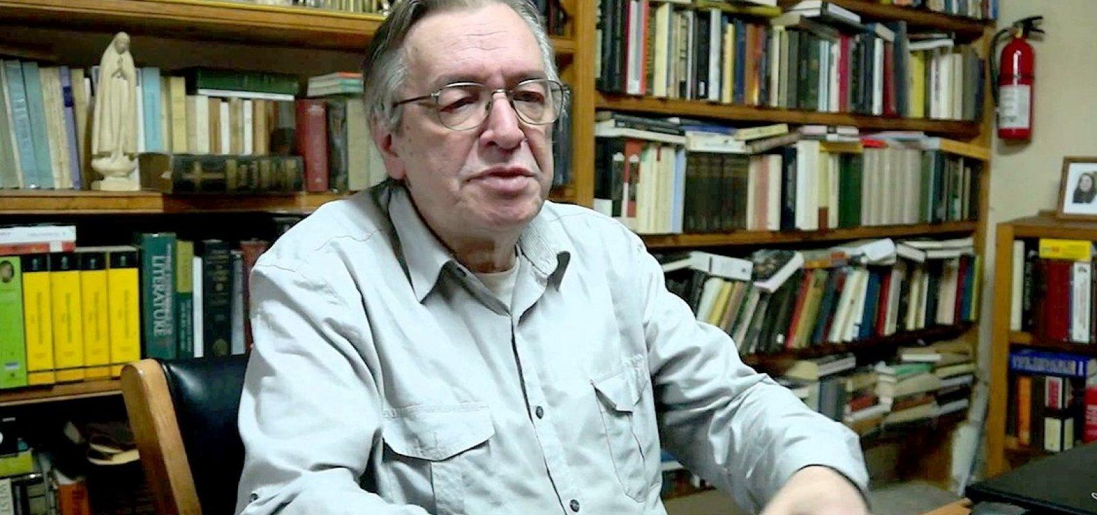 Olavo de Carvalho se oferece para ser embaixador em governo Bolsonaro