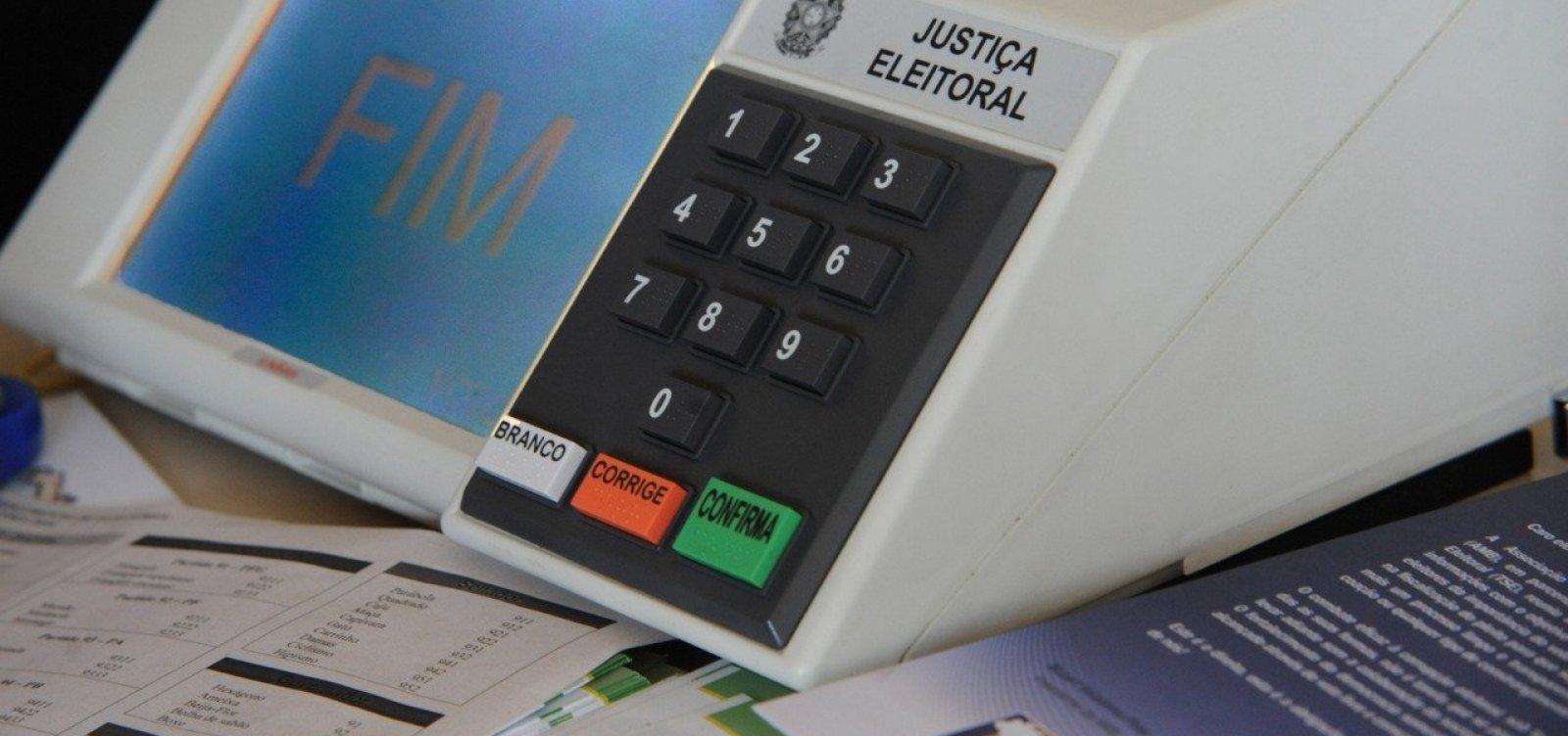 Candidatos que disputaram o 1º turno têm até hoje para prestar contas