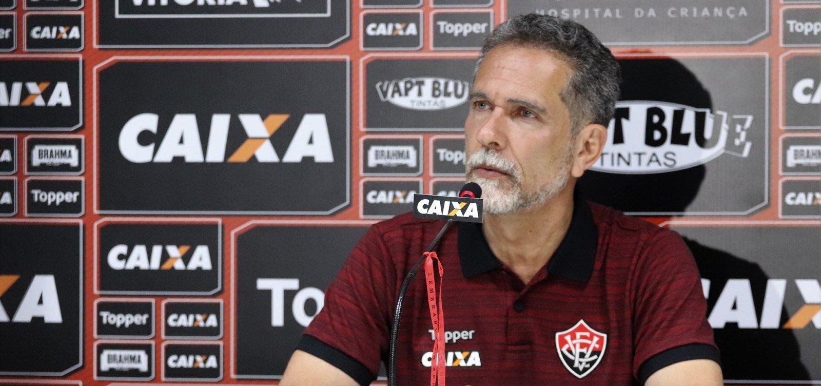 Vitória efetiva Burse e anuncia promoção de ingressos até o fim do Brasileirão