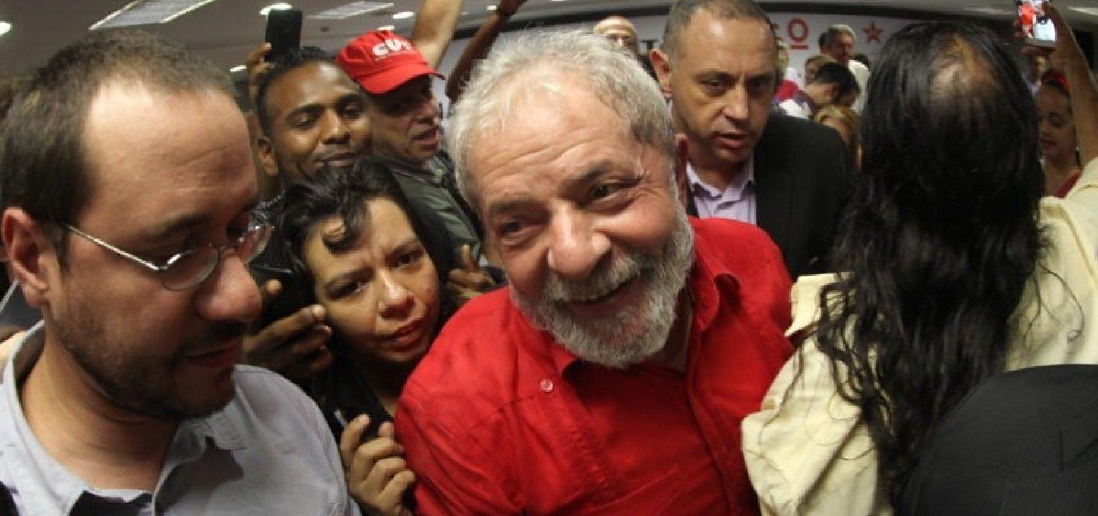 PT começa a devolver doações que foram destinadas à campanha de Lula