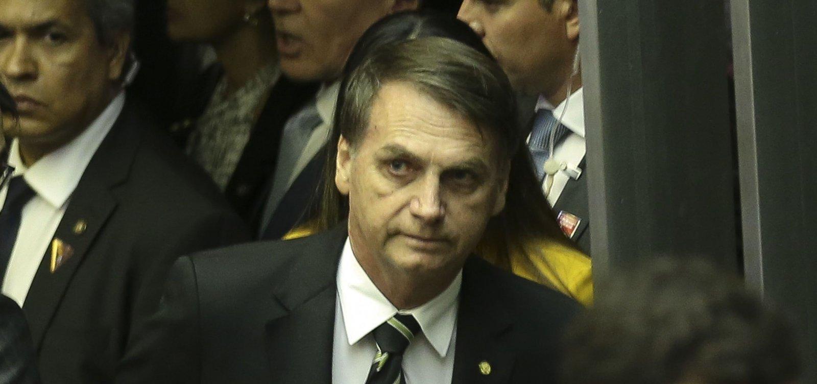 Bolsonaro diz não escolher assessor por cor ou orientação sexual