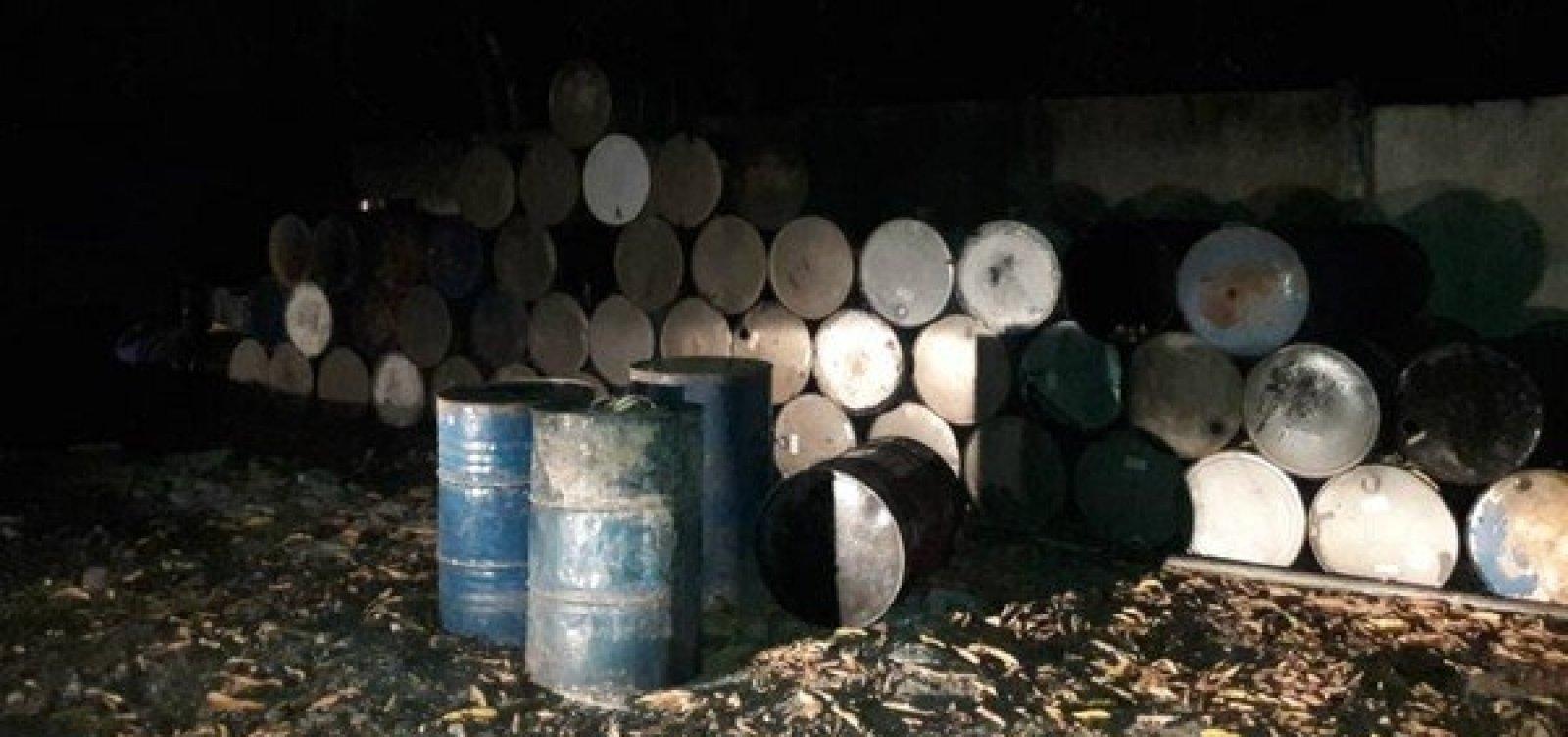 Mais de 16 mil litros de combustível clandestino são apreendidos em Candeias, na Bahia