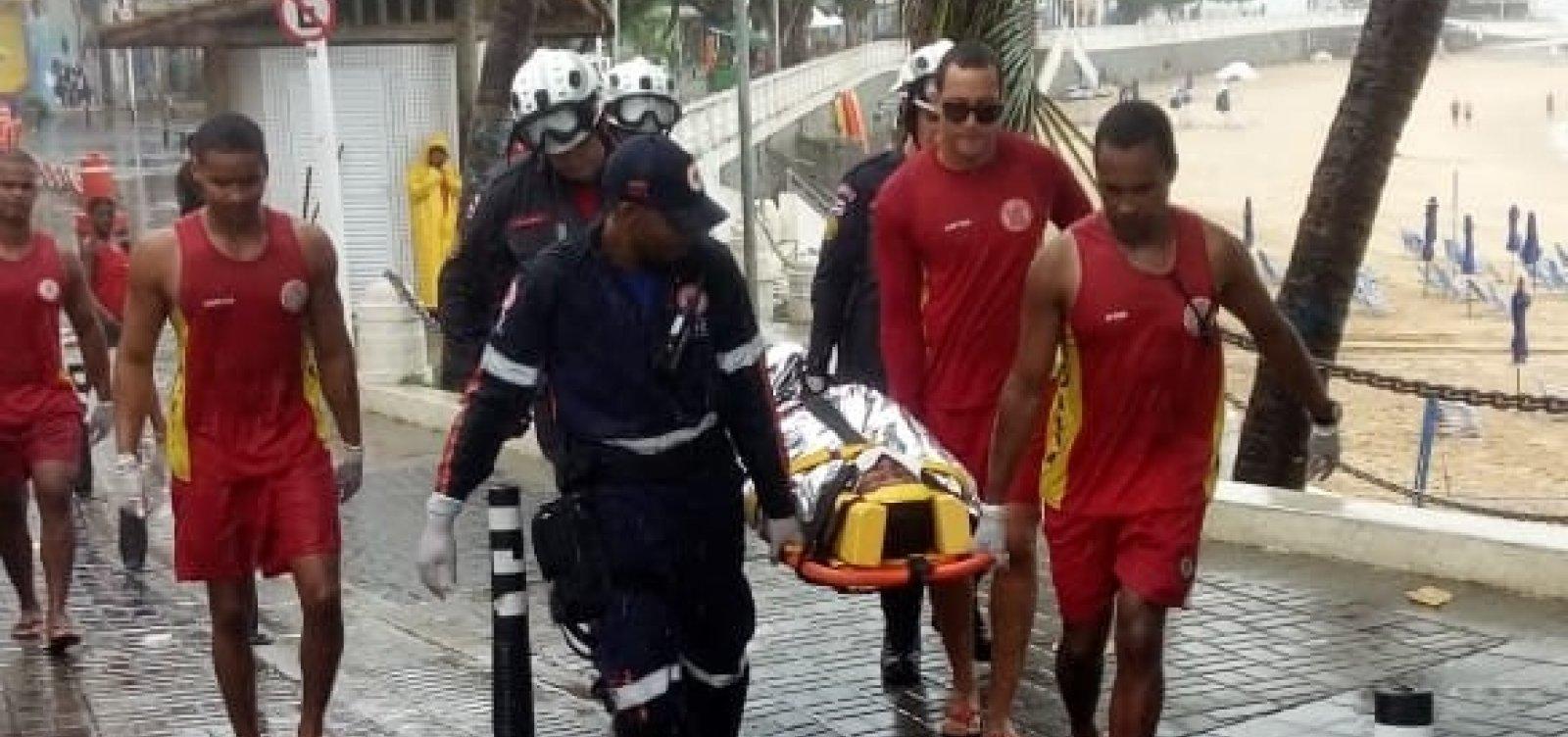 Homem cai de balaustrada do Forte São Diogo