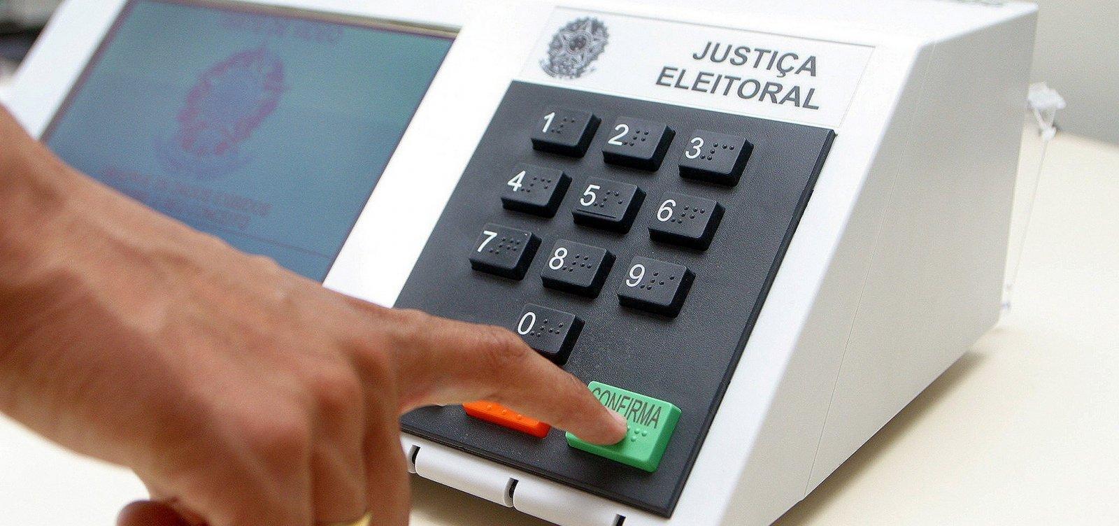 Coligação de Bolsonaro pede verificação de urnas usadas no 1° turno na Bahia