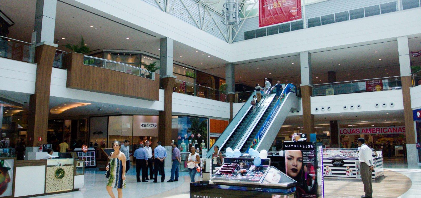 Shoppings e lojistas fecham acordo para funcionamento em domingos e feriados