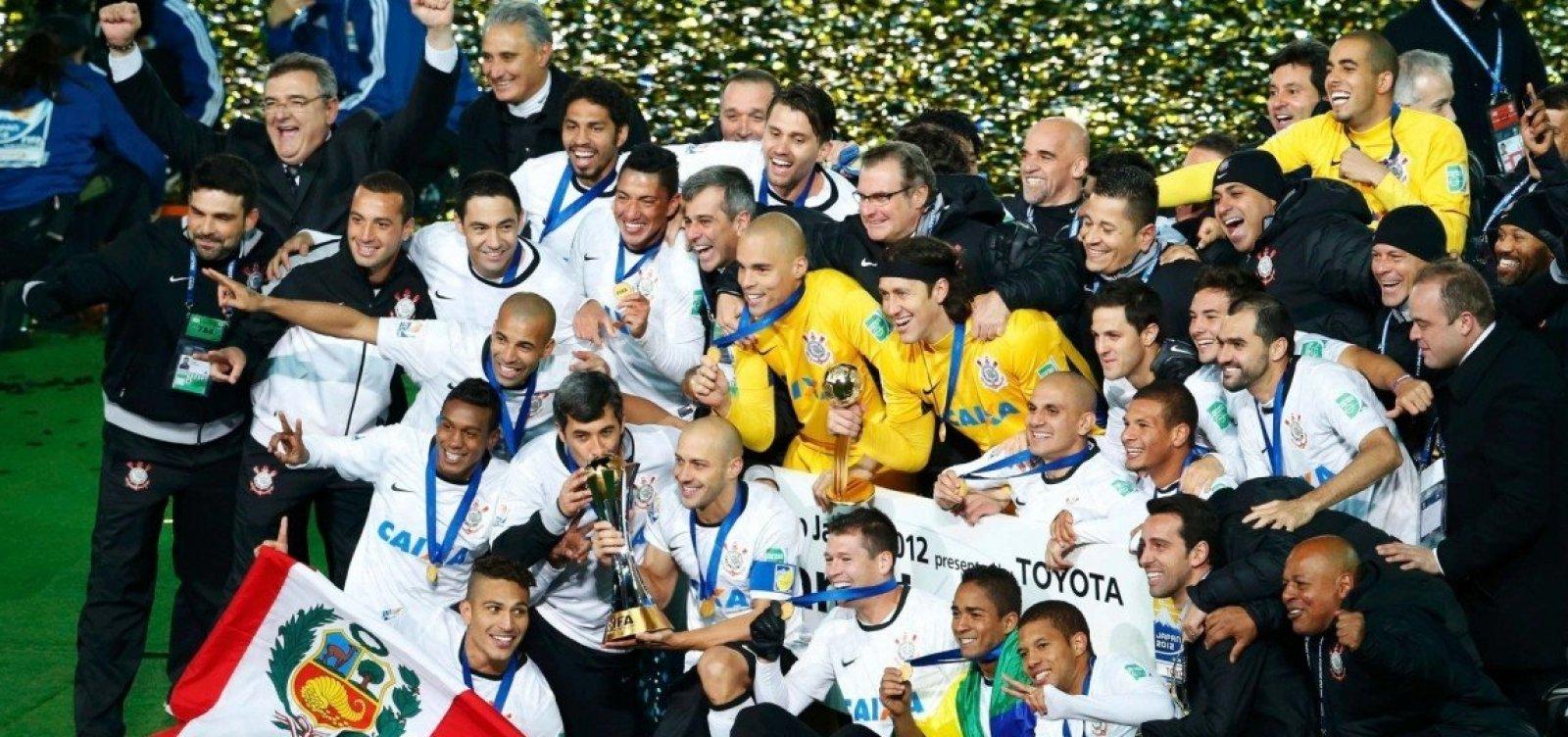 Justiça determina penhora de taça do Mundial do Corinthians