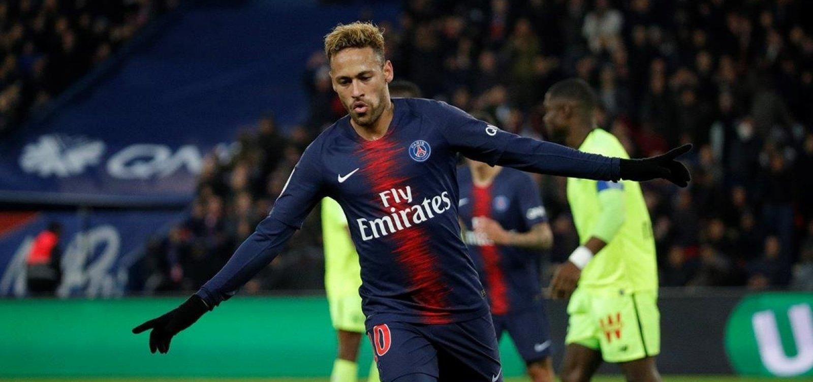 Vazamentos indicam que Neymar recebia bônus por saudar torcida e não criticar técnico