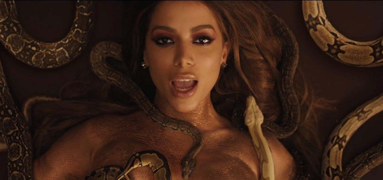 Anitta lança três novas músicas com clipes; assista