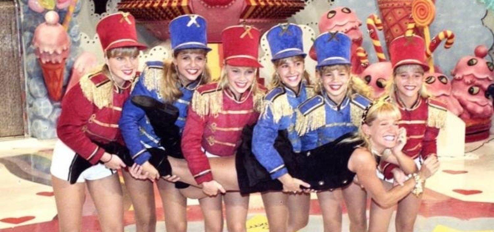 Xuxa emociona fãs ao publicar foto com a 1ª geração das paquitas