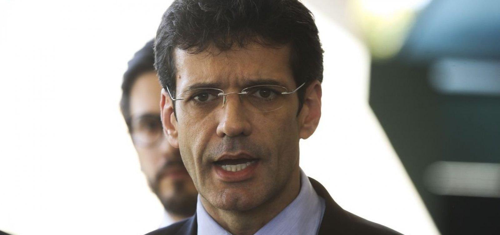PF vai investigar 'laranjal' de Ministro do Turismo