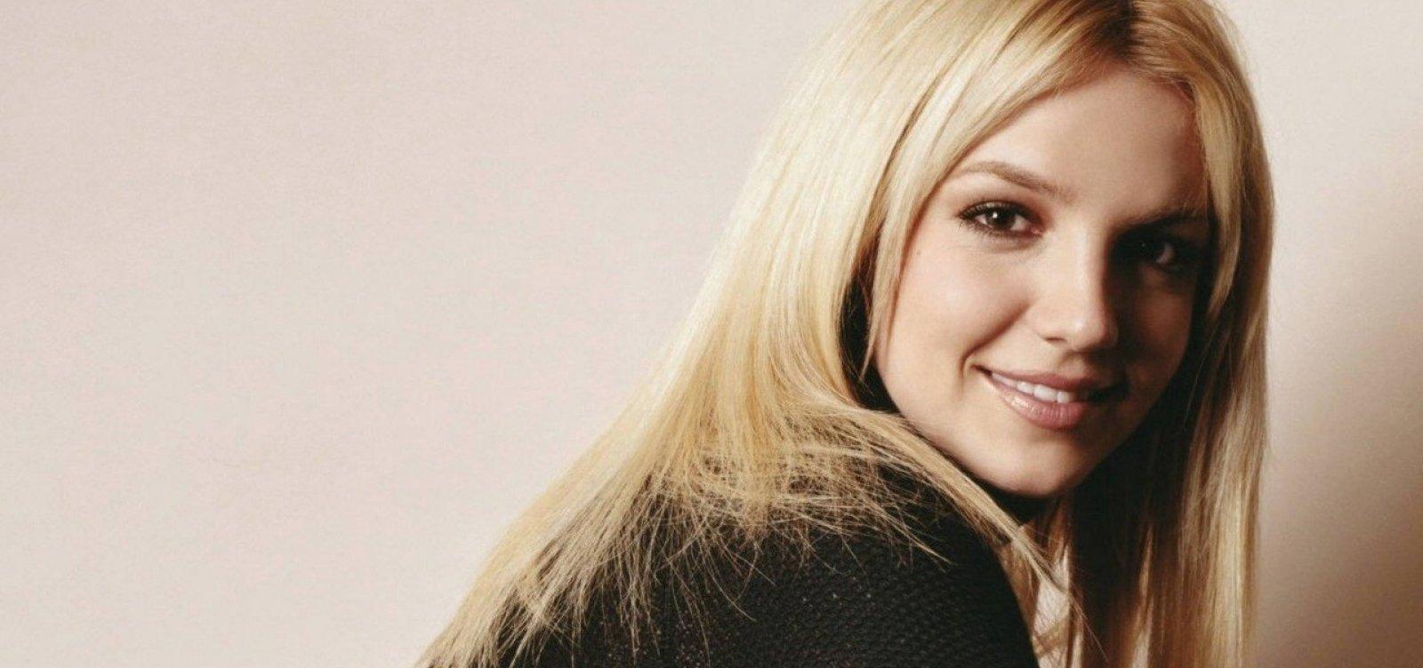 Britney Spears é internada em clínica de saúde mental, diz site