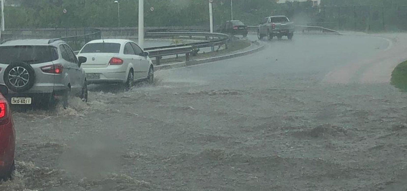 Salvador tem previsão de chuvas e risco de alagamentos no final de semana