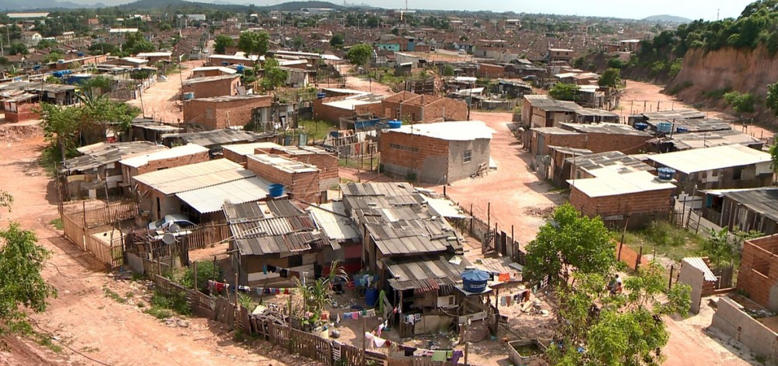 Pobreza aumenta no Brasil, diz relatório do Banco Mundial