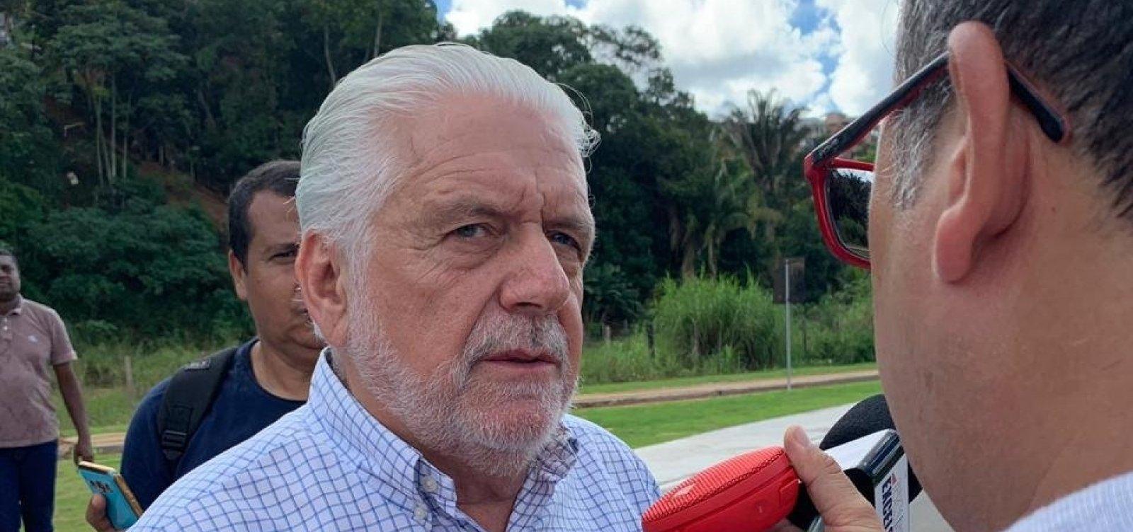 Bolsonaro tem que ter 'responsabilidade' e Neto 'pagará o preço' por apoiá-lo, diz Wagner
