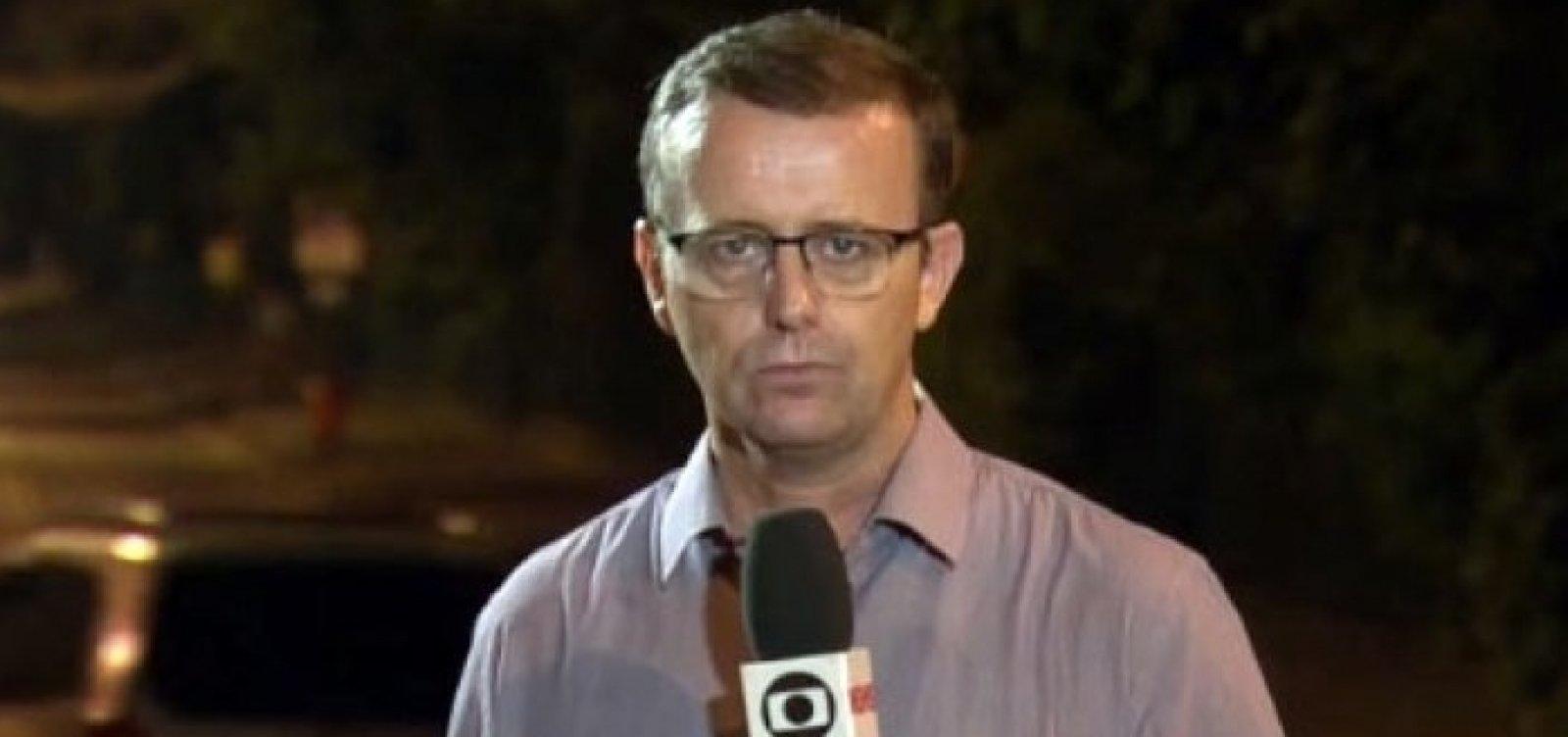Jornalista da Globo é ameaçado por cobertura de carro fuzilado pelo Exército
