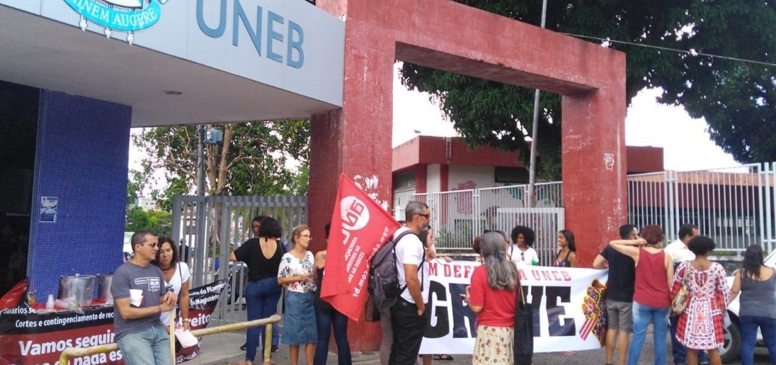 Coordenadora da Aduneb diz que recurso anunciado por Rui 'não atendeuem nada a pauta dos professores'