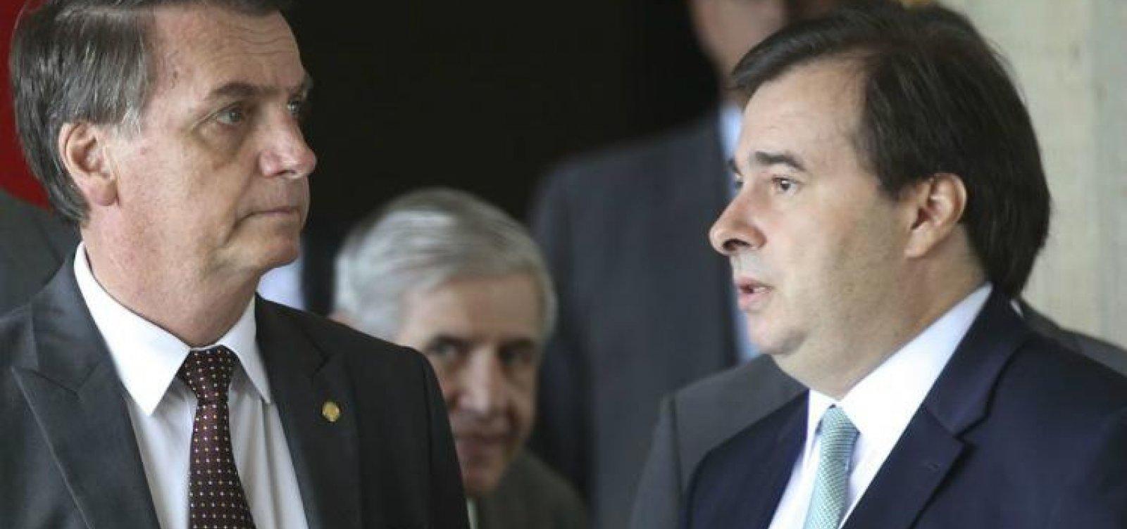 Bolsonaro e Maia dizem que não gostariam de fazer a reforma da Previdência, mas 'são obrigados'