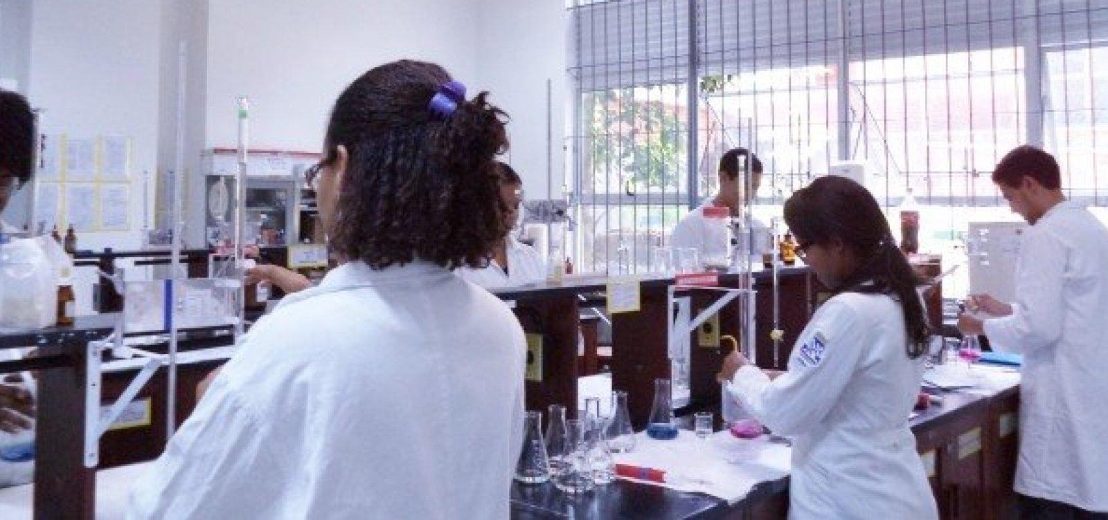 Vazamento de gás causa evacuação de Instituto de Química da Ufba