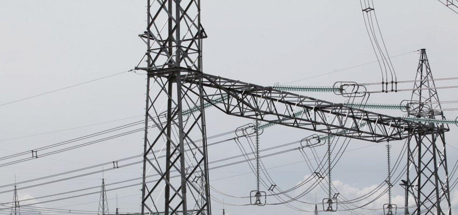 Coelba desliga 17 mil ligações irregulares de energia na Bahia