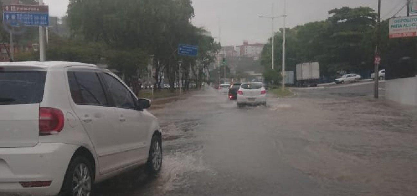 Chuva continua nesta sexta e Codesal alerta para risco de deslizamentos