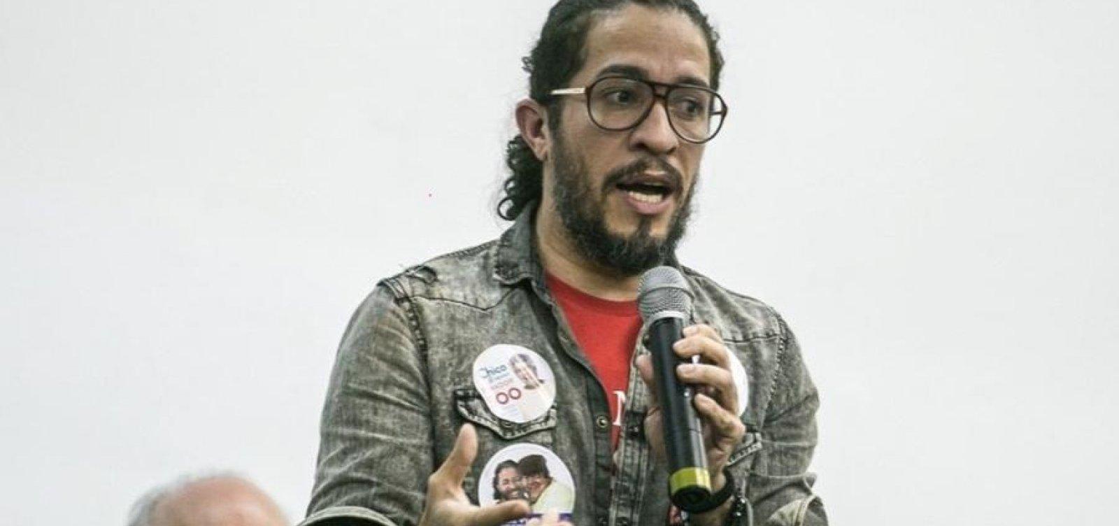 Jean Wyllys diz se orgulhar de ter cuspido em Bolsonaro