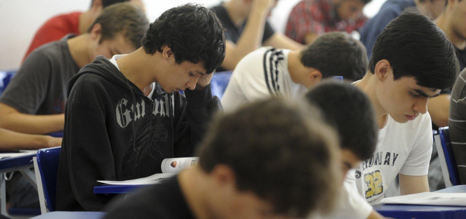 Mais de 3 milhões de estudantes solicitaram isenção da taxa de inscrição do Enem