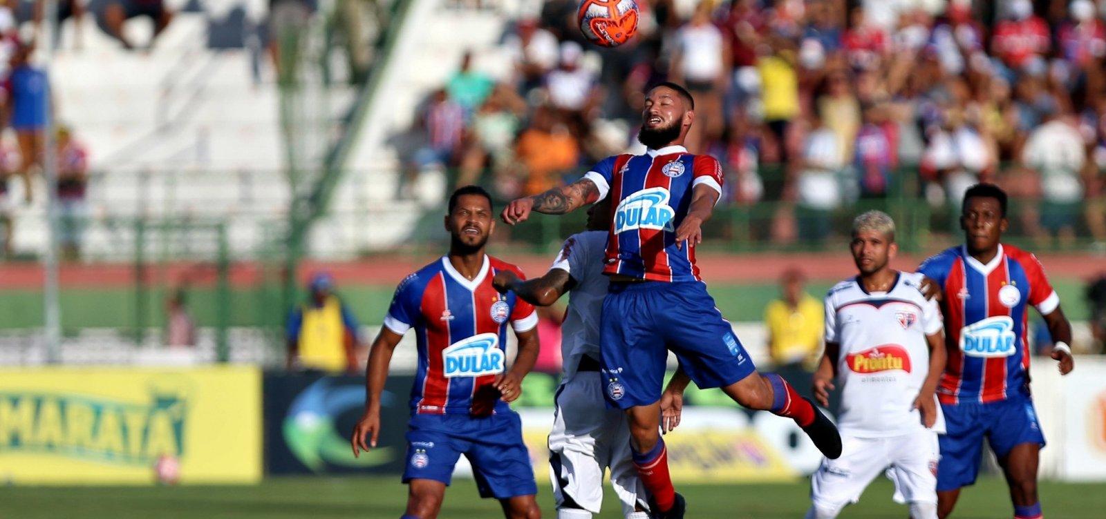 Com gol aos 52 do segundo tempo, Bahia e Bahia de Feira empatam em 1 a 1 na primeira final do Baianão