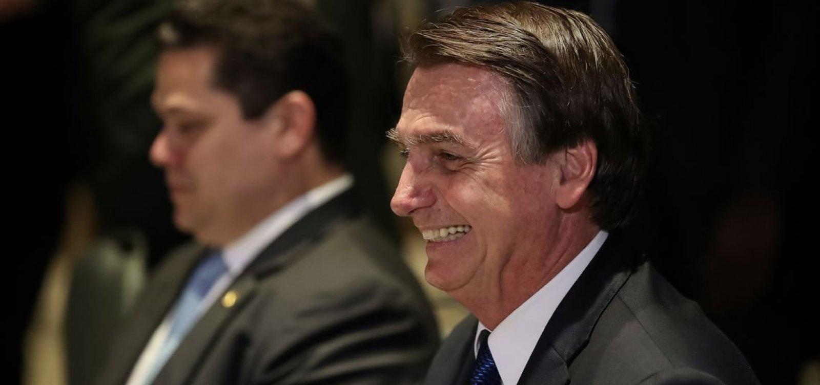 Bolsonaro celebra decreto que extingue conselhos