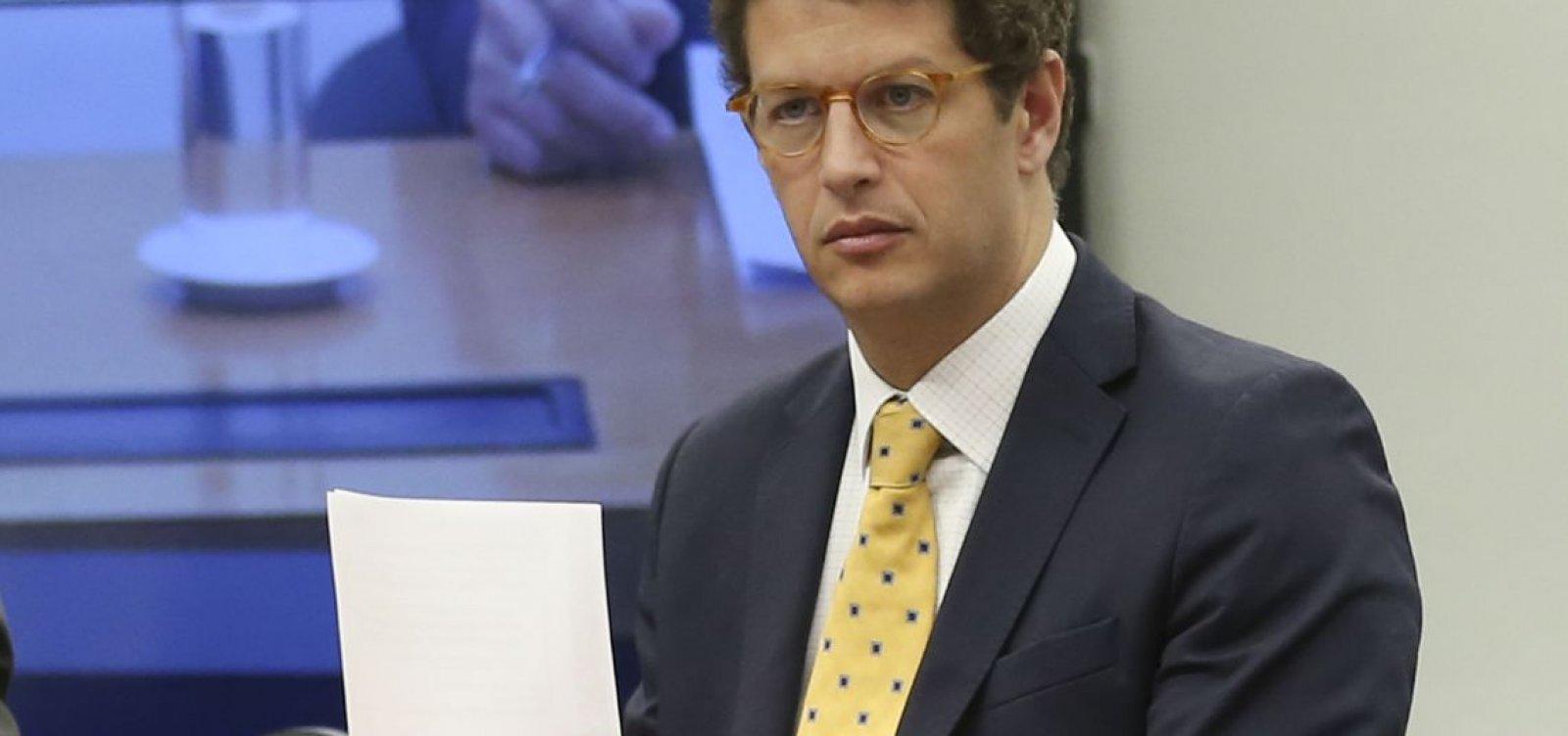 'Postergar o fechamento de lixões é um grande desserviço para o Brasil', diz ministro do Meio Ambiente