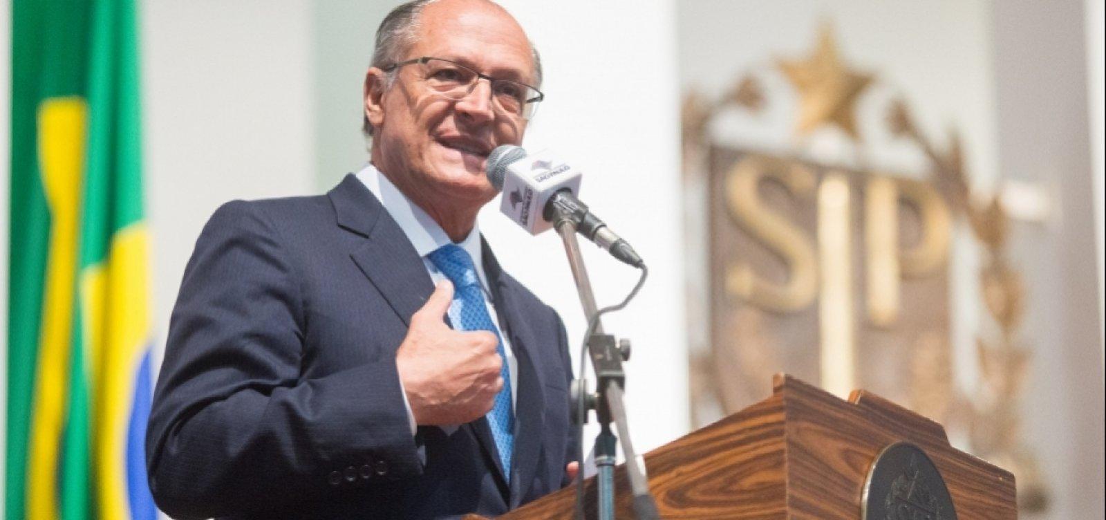Justiça bloqueia bens de Alckmin em ação sobre repasses da Odebrecht