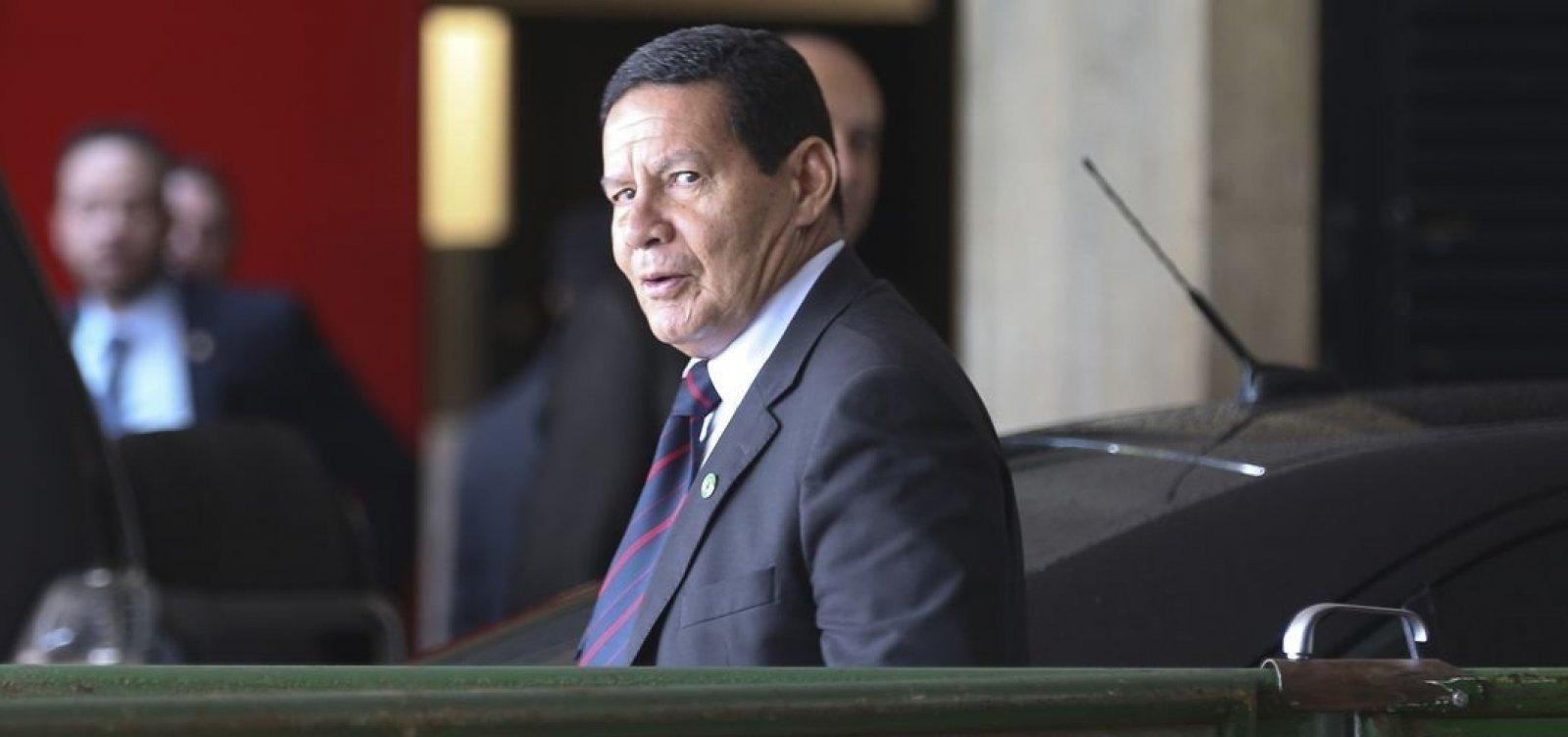 'Não tenho dúvida de que é censura', diz Mourão sobre STF retirar matérias do ar