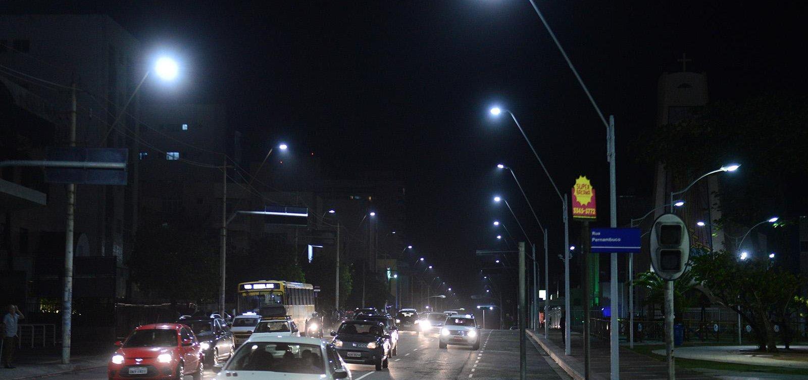 Após suspensão de PPP, prefeitura aditiva em R$ 14 milhões contrato de iluminação pública