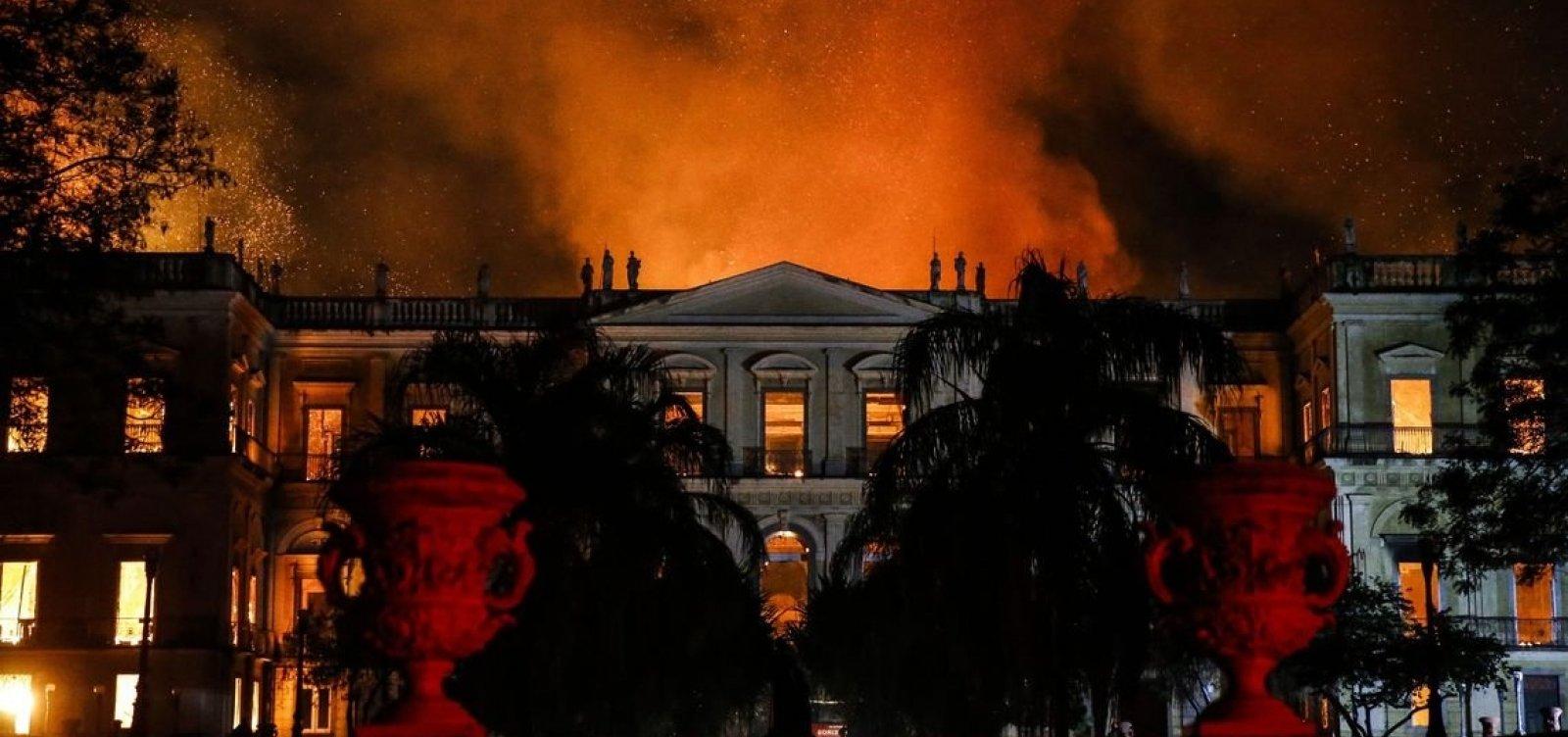 Governo vai reformar museus para prevenir incêndios