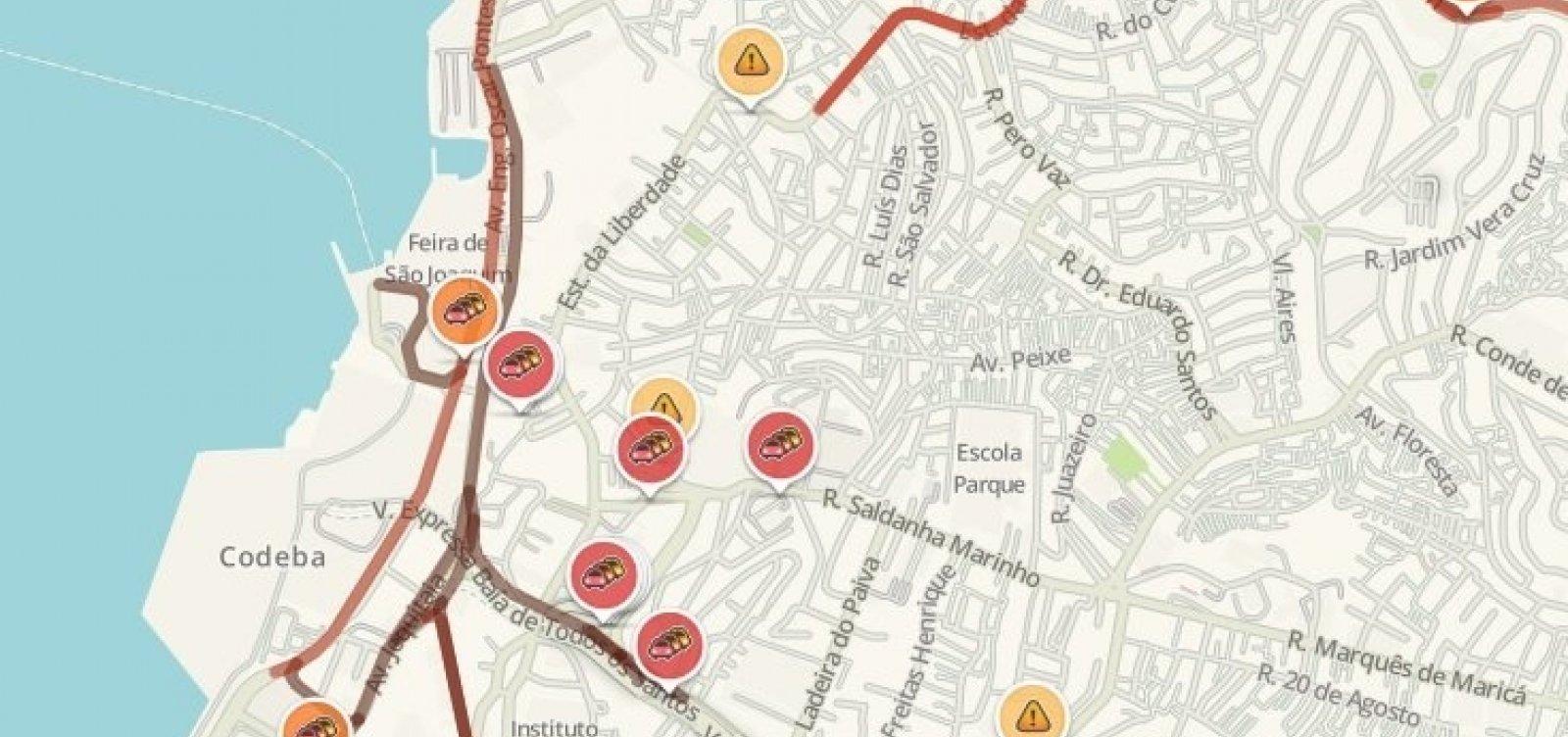 Véspera de feriadão deixa trânsito lento em pontos estratégicos da cidade