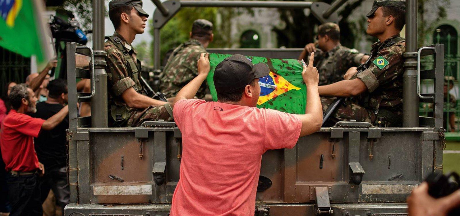 Advogado de militares que mataram músico será condecorado pelo governo Bolsonaro