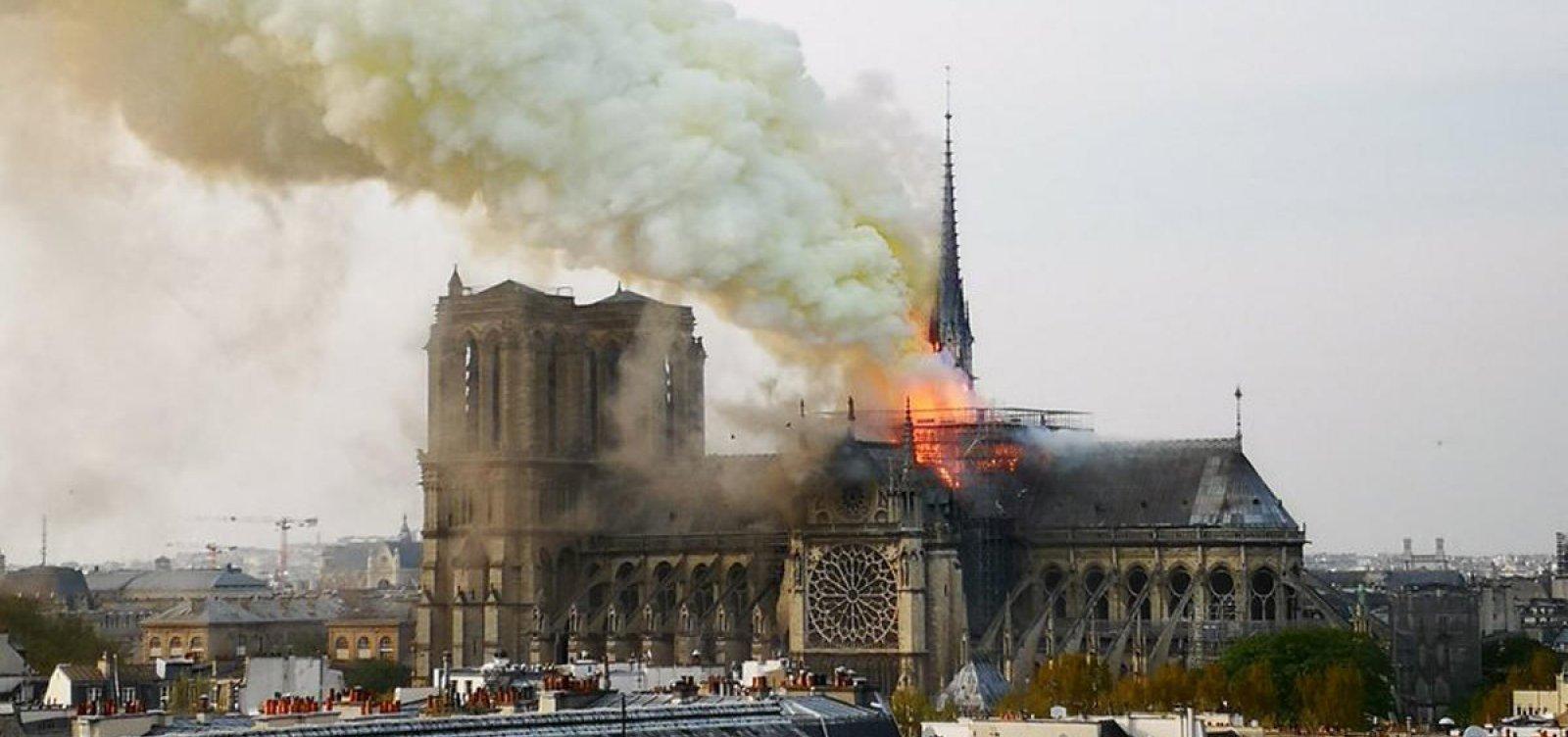 Promotores iniciam investigação sobre causas do incêndio em Notre-Dame