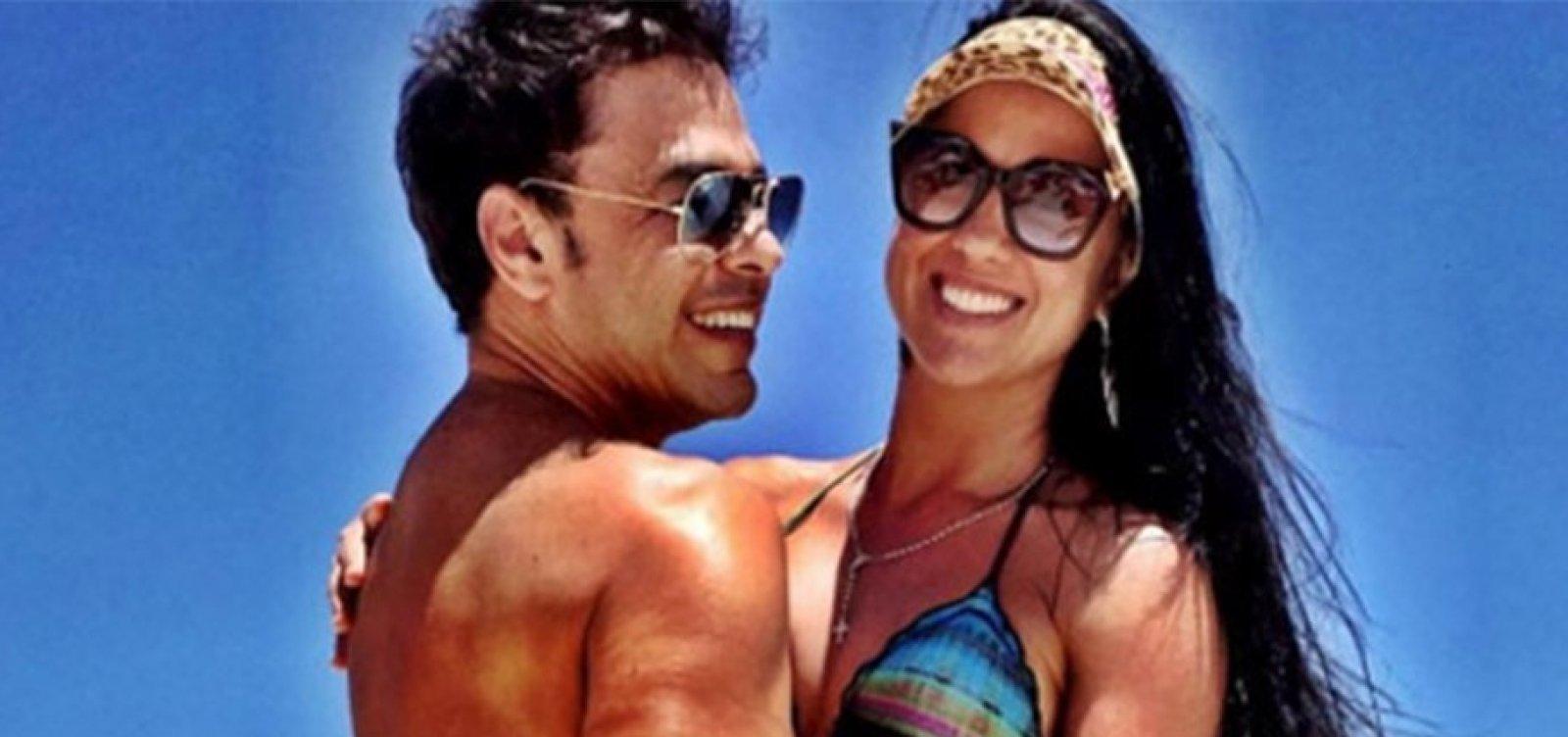 Zezé di Camargo e Graciele Lacerda marcam data de casamento, diz jornalista