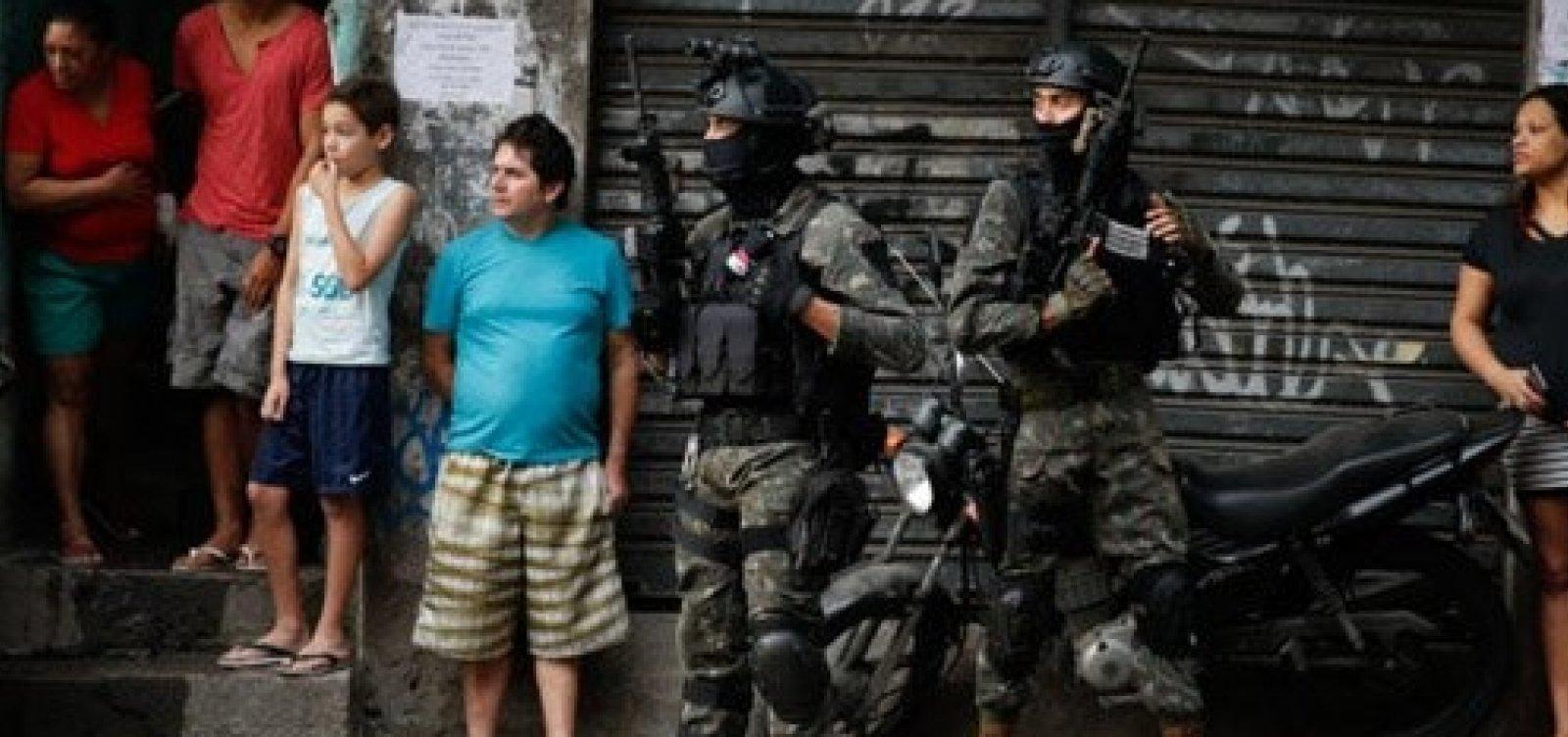 General lamenta 'fatalidade' em ação do Exército que matou duas pessoas no Rio