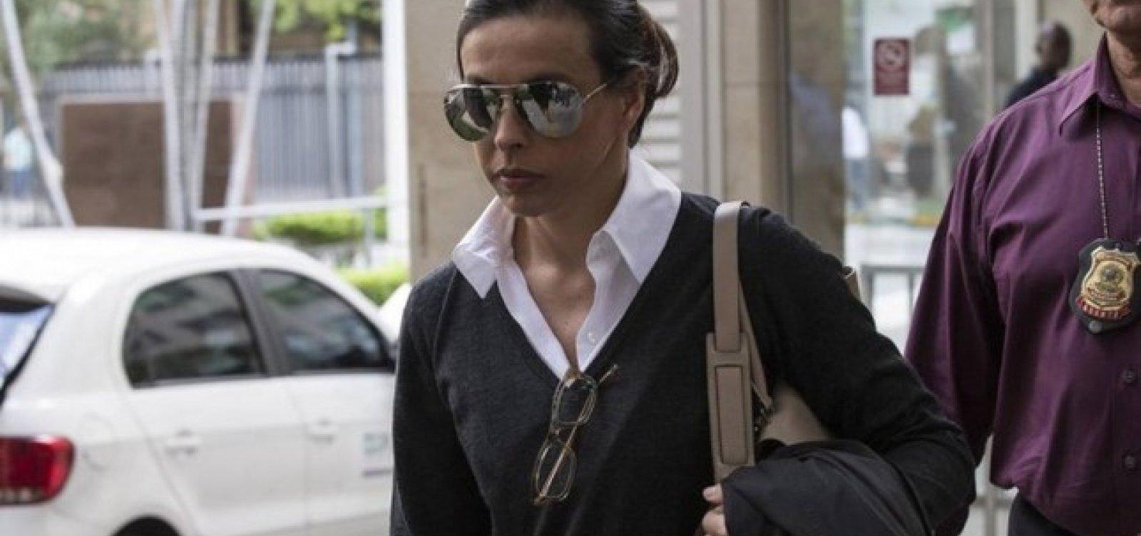 Adriana Ancelmo é proibida de visitar Cabral como advogada