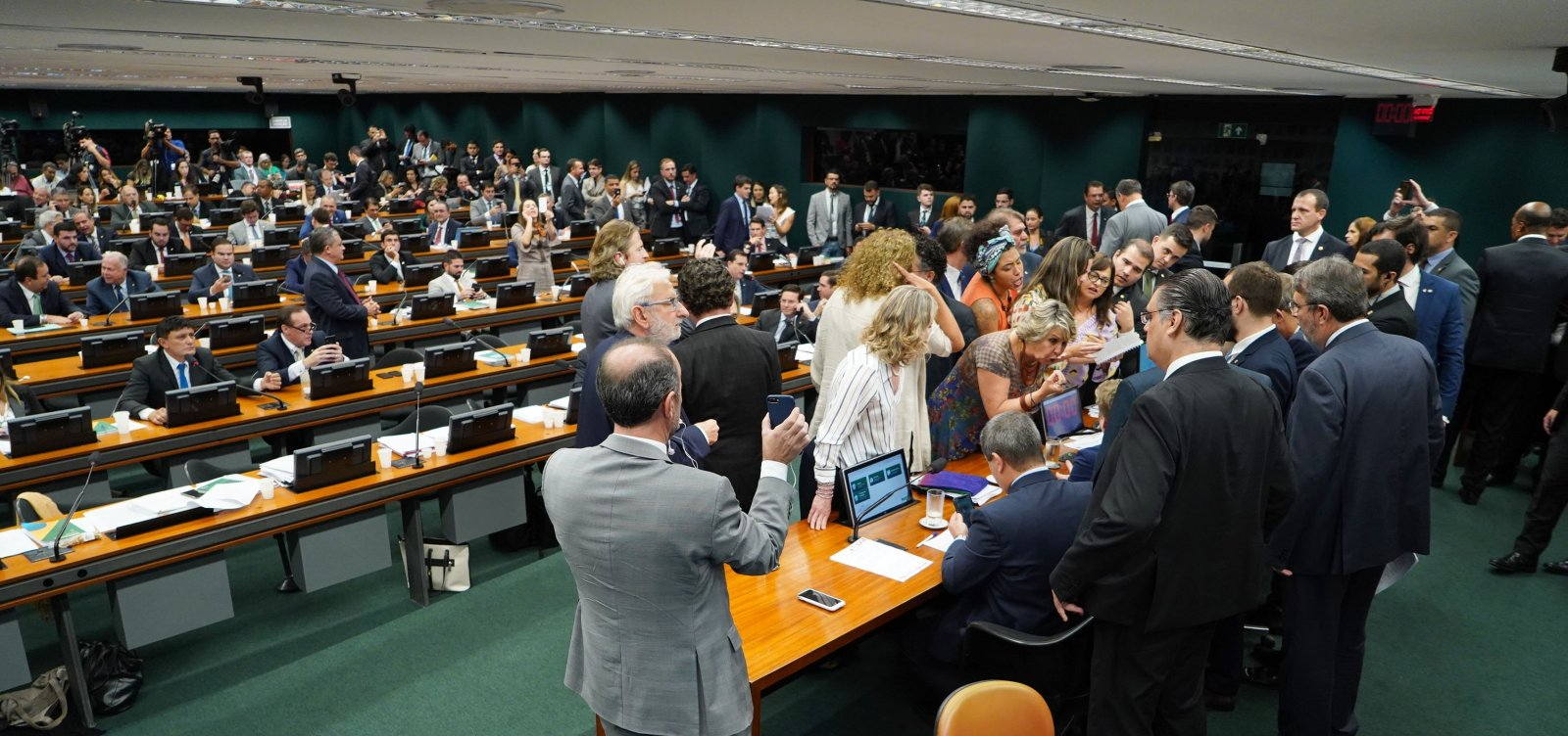 CCJ da Câmara deve votar hoje relatório da reforma da Previdência