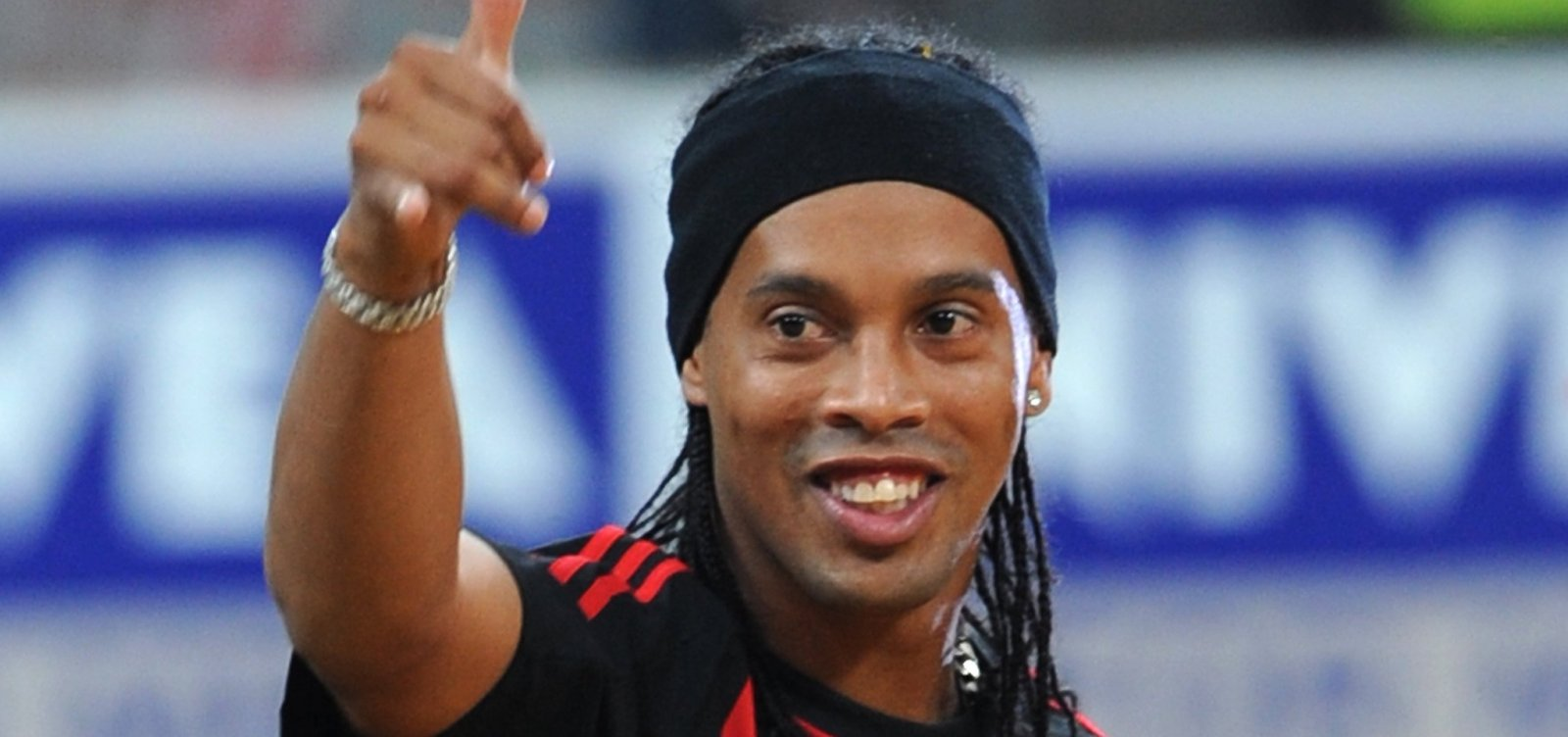 Chapa de Raimundo Viana promete amistoso com Ronaldinho Gaúcho no Vitória