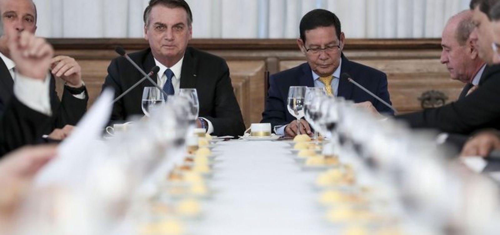 Reforma da Previdência é tema de reunião entre Bolsonaro e ministros hoje